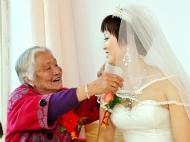 孙女今天做新娘